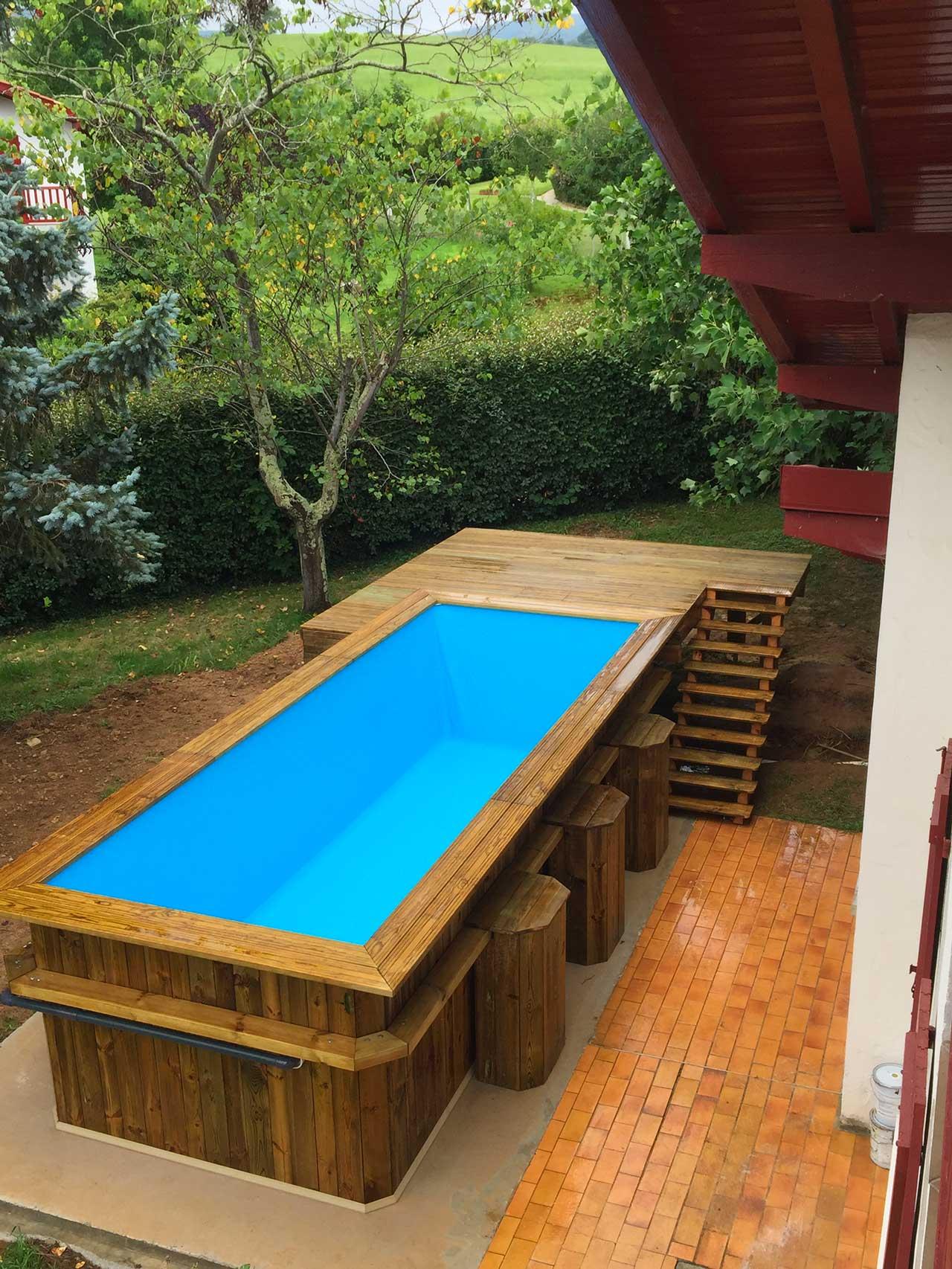 Piscine hors sol et terrasse bois - Bois et Bassin - Construction